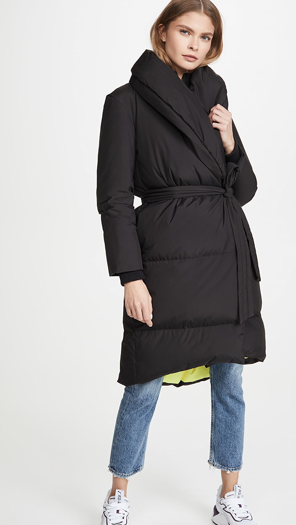 Able Alice + Olivia - Doyle Rib Combo Puffer With Belt Bracing Up The Whole System And Strengthening It