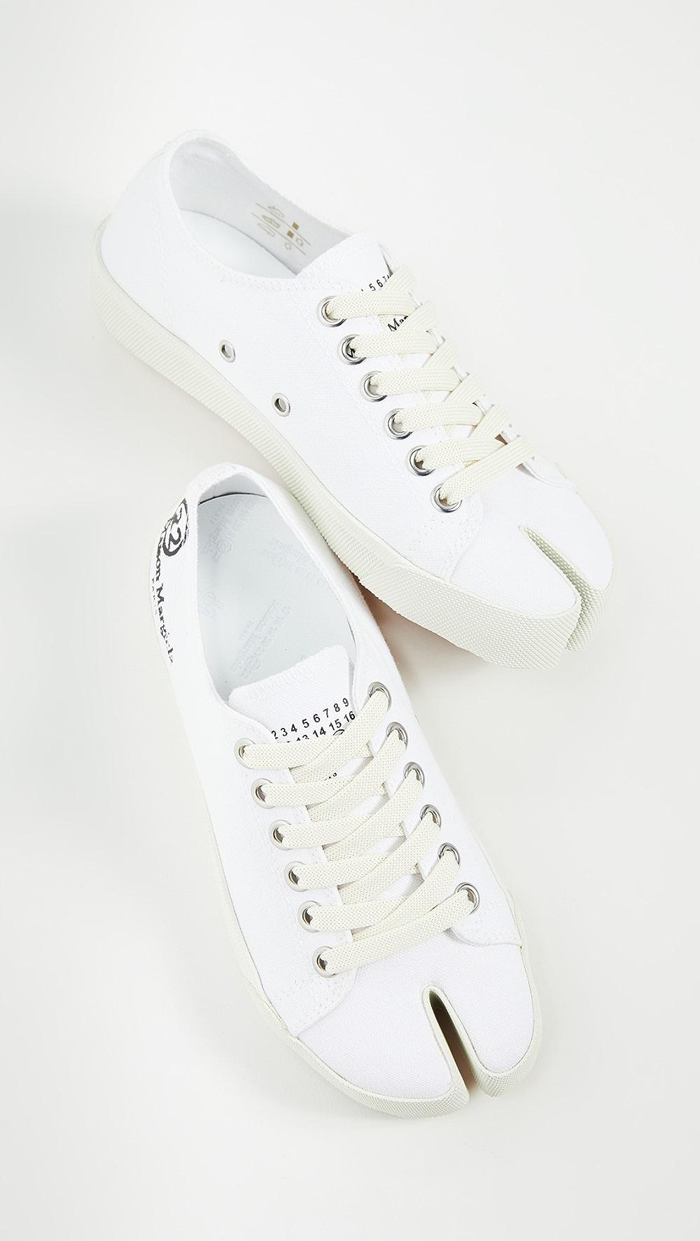 2019 Fashion Maison Margiela - Tabi Sneakers Outstanding Features