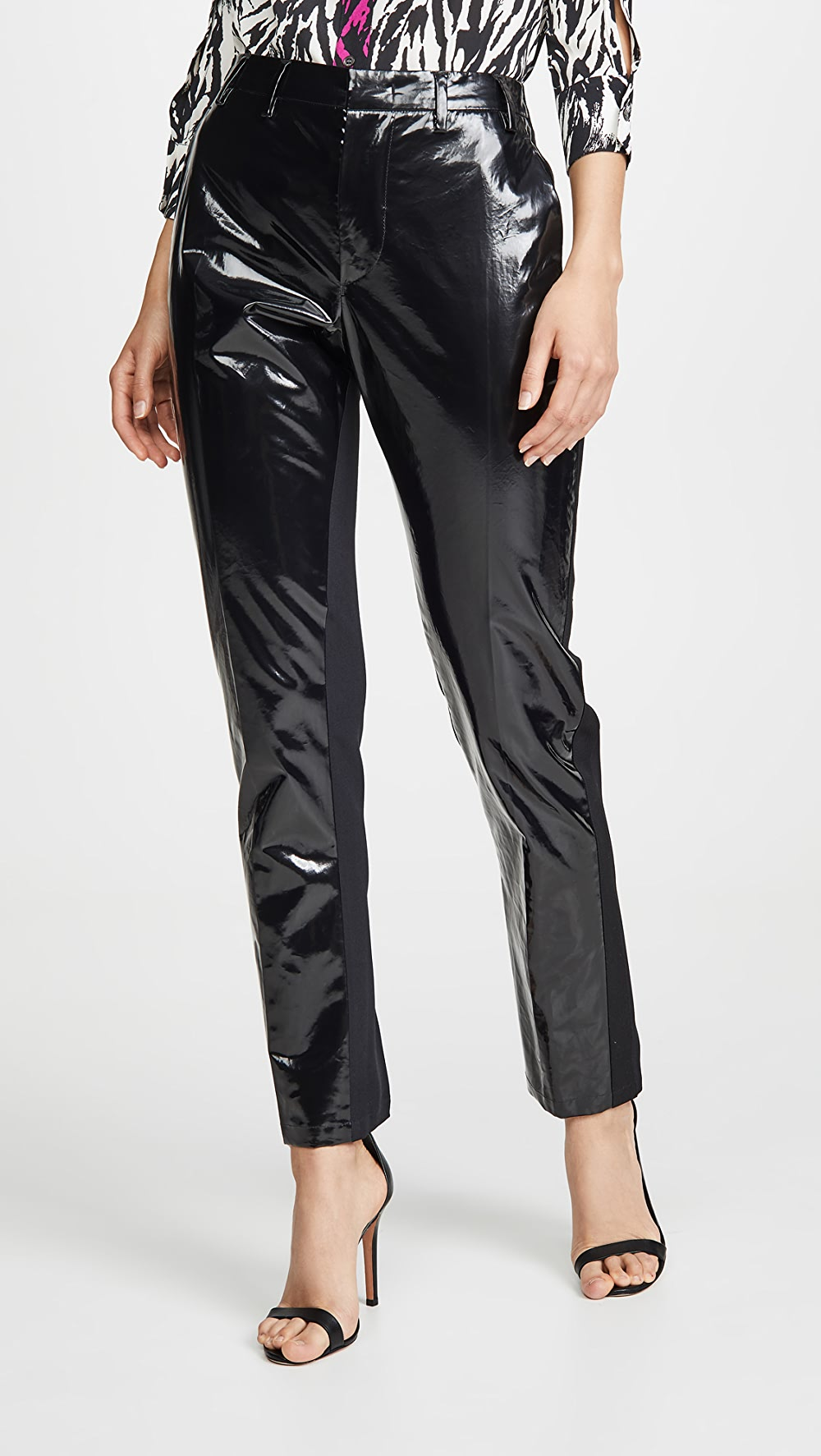 Motivated No. 21 - Patent Pants Relieving Heat And Sunstroke