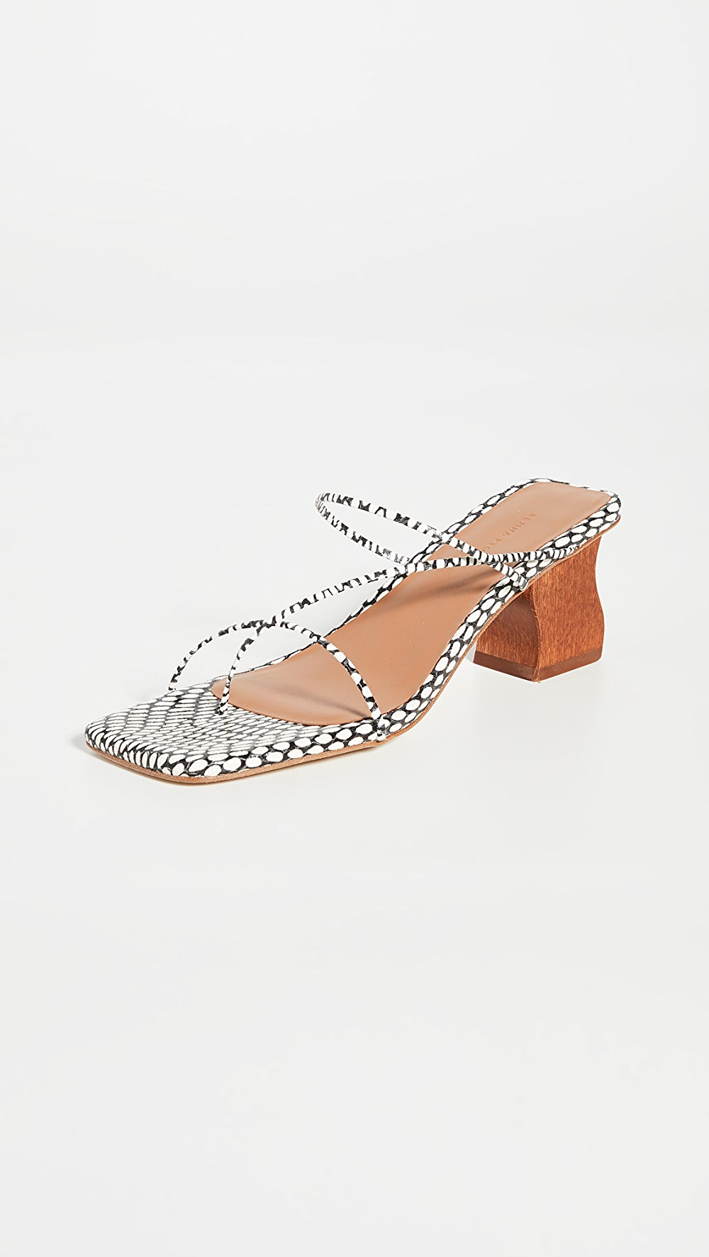 Humorous Rejina Pyo - 60mm Wave Harley Sandals Famous For High Quality Raw Materials, Full Range Of Specifications And Sizes, And Great Variety Of Designs And Colors