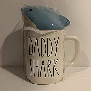 Rae Dunn DADDY SHARK 马克杯 - 陶瓷 - 16 盎司 - 礼物
