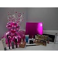 情人节礼品篮她的 ~ No7护肤品 & Make up 系列礼品套装礼品篮礼品包装 + 镀金*戒指盒装免费赠送 Teddy Bear 礼品篮礼品包装礼品篮她的。