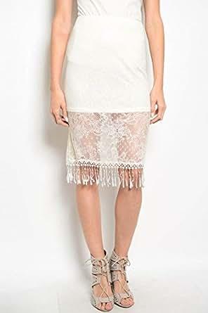 奶油色细节蕾丝裙,半套和流苏。 奶油色 Medium