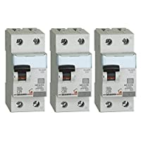 Bticino 套装由 3 个磁热开关组成 Differential 白色 25A ASTGC8813AC25