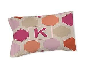 手工木工人和编织枕巾,国王,字母K,粉色编织