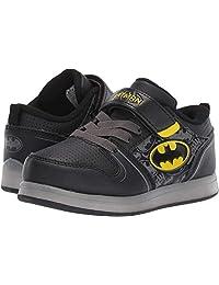Favorite Characters 男孩 DC 蝙蝠侠运动发光运动鞋