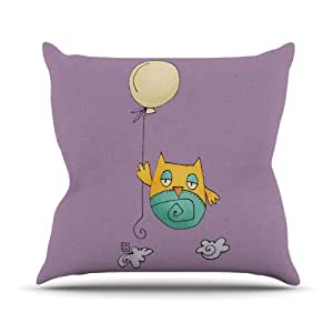Kess InHouse Carina Povarchik Lechuzita en Ballon 猫头鹰户外抱枕 26 in. 紫色 CP1005AOP05