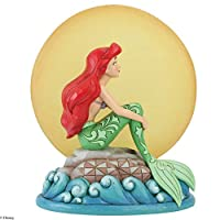 由 Jim Shore Ariel 坐在摇滚的 Enesco Disney Traditions by Moon Figurine 出品