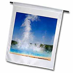 danita delimont – 黄石 – visitors , Grand prismatic SPRING ,黄石国家公园, WY – us51 aje0014 – ADAM JONES – 旗帜 12 x 18 inch Garden Flag
