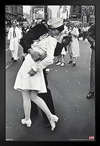 金字塔美国时空战时光广场美少女战士小姐 VJ Day Sailor 照片艺术印刷品 裱框海报 14x20 inches 99547