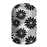 Flapper – Jamberry *贴 – 全套 – 黑色和白色银色雏菊图案 Half Sheet - 1 manicure / 1 pedicure