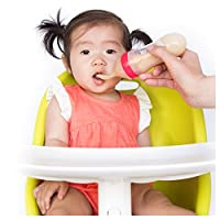 Nuby Garden Fresh Silicone Squeeze Feeder with Spoon and Hygienic Cover Colors May Vary 颜色可能有所不同。