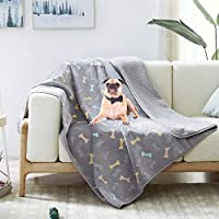"Allisandro 防水毛毯,适用于沙发,椅子,汽车或床,可机洗,3层防水家具保护罩,带可爱的爪印,适合成人,宠物,狗和猫 灰色 39"" x 27"""