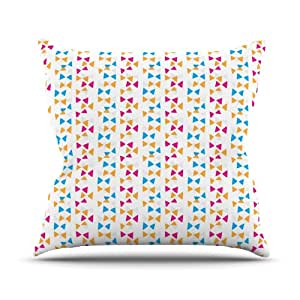 Kess InHouse Apple Kaur Designs Lets Celebrate 橙色粉色室内/室外抱枕 18 in. 橙色 SA1001AOP03