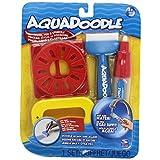 Aquadoodle 涂抹刷、钢笔和刻板,带有防溢杯