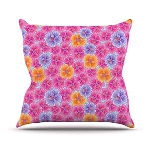 Kess InHouse Julia Grifol 我的粉色花园户外抱枕 16 in. 粉红色 JG1015AOP02