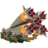 Good Smile Soyuz 火箭和运输火车 1:150 比例塑料模型套件