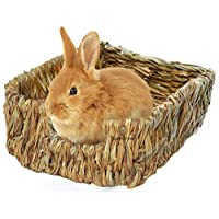 SunGrow Portable Grass Bed - Hand-made with Natural Grass: Provides Paws Protection & Relaxation : Lightweight, Durable, Safe & Comfortable for Rabbits, Chinchillas, Guinea pigs & Other Small Animals