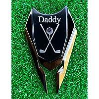 Quintessential Hostess Daddy 雕刻高尔夫礼品草皮工具和球标记(黑色) - 爸爸个性化礼物,爸爸生日礼物,爸爸的礼物,父亲节礼物
