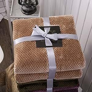 J.H.Longess 纯色菠萝格盖毯加厚法莱绒毛毯珊瑚绒四季毯子沙发盖毯单双人午睡毯 (Tk.菠萝格毯-驼色, 150 * 200cm/0.9kg)