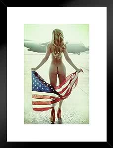 花朵国旗 Daveed Benito 海报 30.48x45.72 cm 哑光框架海报 20x26 inches 291236