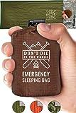 带兜帽应急睡袋 | 超轻,防水,保暖聚酯薄膜睡袋内衬 | 生存野生动物毯 Bivey 适用于远足、徒步旅行、地震、露营、72 个别虫、生存套装 军* Emergency Sleeping Bag