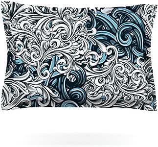 Kess InHouse Nick Atkinson 凯尔特花卉 II 抽象蓝色枕套,76.2 x 50.8 厘米