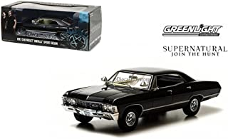 GREENLIGHT 1:24 HOLLYWOOD - *自然(电视剧)- 1967 雪佛兰 IMPALA 运动轿车 84032-12