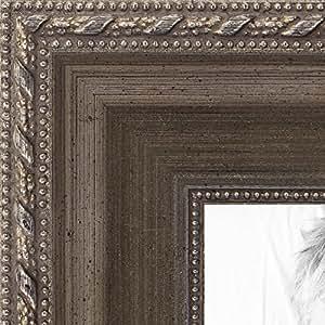 画框古金并带有串珠细节 ..3.18