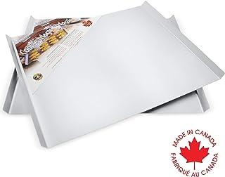 Crown 2 件套饼干床单套装,41.91 x 35.56 厘米,专业品质烘焙饼干纸,双锥形边缘均匀热分布,天然纯食品级铝,大尺寸,超坚固