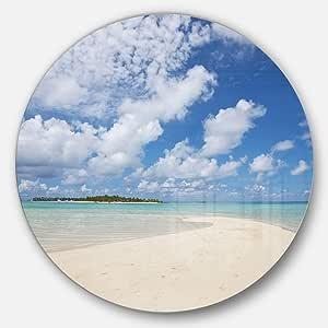 Designart MT10791 C11 Serene 马尔代夫海滩云下海景圆形墙壁艺术 蓝色 38x38 - Disc of 38 inch MT10791-C38