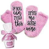 奢华*袜带纸杯蛋糕礼品包装:母亲节礼物 If You Can Read This Socks Bring Me Some Wine 短语 - 送给她趣味配饰,妻子礼物,25 美元以下女士的礼物