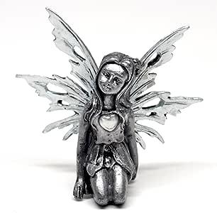 Pixie Glare 诞生石锡仙女。 12 个仙女 - 每个代表一个不同的月份 April