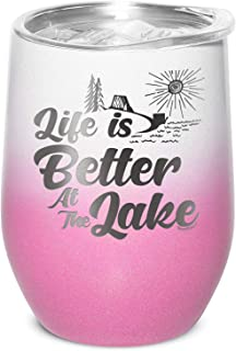 Shop4Ever Life Is Better At The Lake 雕刻绝缘不锈钢酒杯,带盖(白色粉色渐变色,12 盎司)