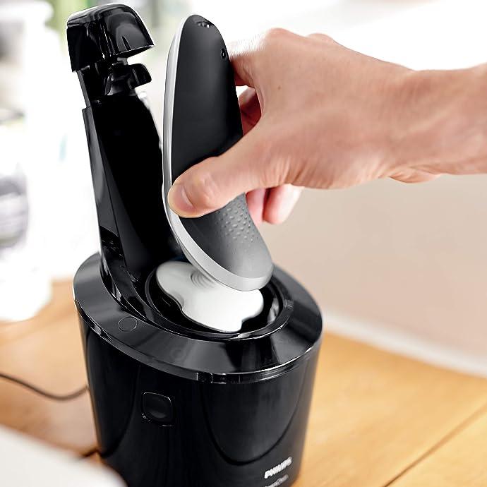 Philips 飞利浦 S7710/26 干湿两用电动剃须刀 带清洁桶 ¥806