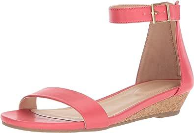 Kenneth Cole REACTION 女式 GREAT viber 踝带低坡跟凉鞋 珊瑚色 7.5 B(M) US