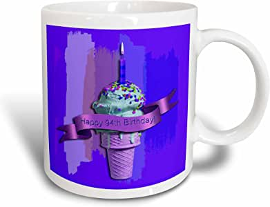 3drose BEVERLY TURNER 生日设计–快乐 TH birthday ,草莓冰淇淋锥体 ON 抽象,紫色–马克杯 白色 11 oz