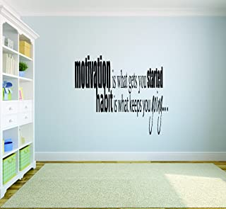 "带乙烯基 SOS 1002 1 A Motivation is what Gets You Started Habit is What Keeps You Going 乙烯基墙贴引言 黑色 25"" x 42"" SOS 1001 3 A"