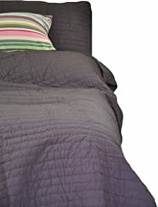 Be-you-tiful Home Basecamp Quilt Set, Gray, King