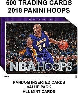 DROB 500 NBA 收藏卡 - 2018 PANINI Hoops NBA 篮球收藏价值交易卡包(每包 500 个基本卡 + 插入卡) - 随机插入所有专业卡 - 基本无衬垫,超值价格