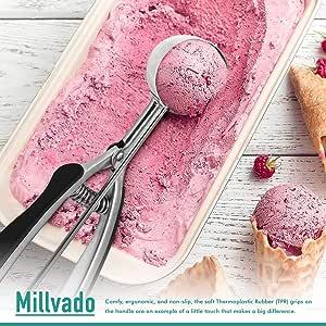 Millvado 不锈钢冰淇淋/饼干勺 | 黑色橡胶手柄,弹簧拉杆设计,适用于索尔贝、西瓜、肉球、松饼等 黑色 Small- 1-ounce