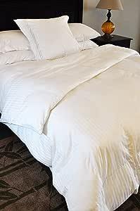 Natural Comfort Soft and Luxurious 300TC Sateen White Down Alternative Duvet Insert, Oversize Queen