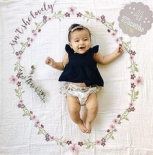 Lulujo 婴儿初岁纪念毯子纪念卡套装  40英寸x 40英寸(约101.6*101.6厘米)| 婴儿送礼礼品| Isn't She Lovely图案