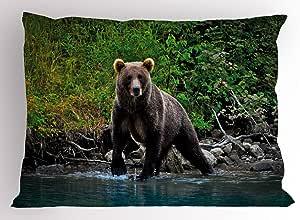 "Cabin 枕头罩 Lunarable,灰熊湖阿拉斯加之棕色,未接触森林丛林野生动物图片,装饰标准尺寸印花枕套,绿色棕色和蓝色 Multi 1 36"" W By 20"" L pil_35718_36x20"